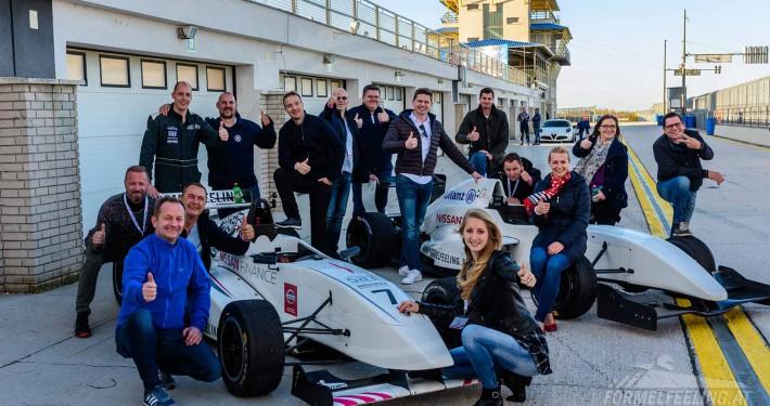 B2B Firmen Event Kunden Event Rennstrecke - Formel Rennwagen fahren - FORMELFEELING