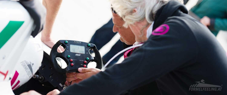 Formel Rennwagen selbst fahren - Rennstrecken Erlebnisse von FORMELFEELING